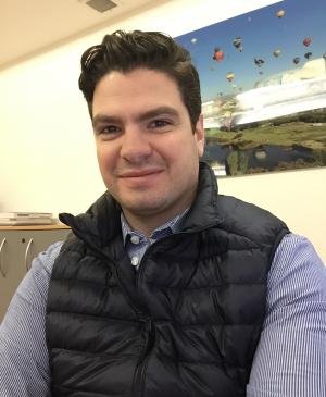 ROBERTO SERVITJE, MBA '13