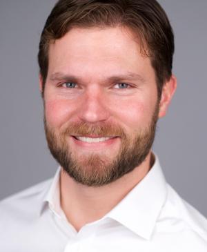 Andrew Holmes, MBA '09